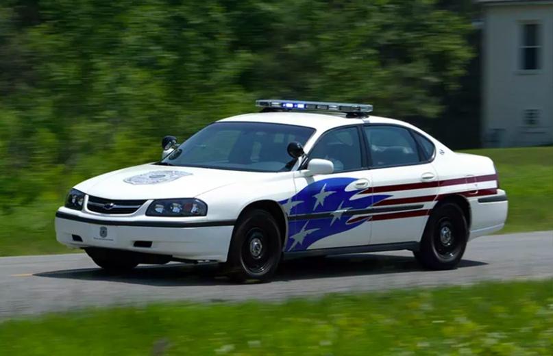 История полицейских авто Америки, изображение №13